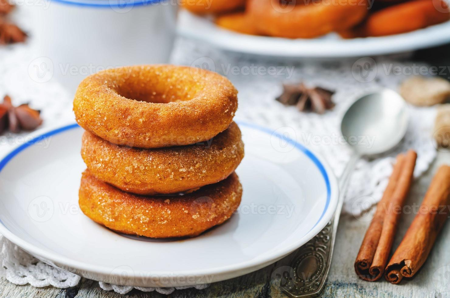 pompoen donuts foto