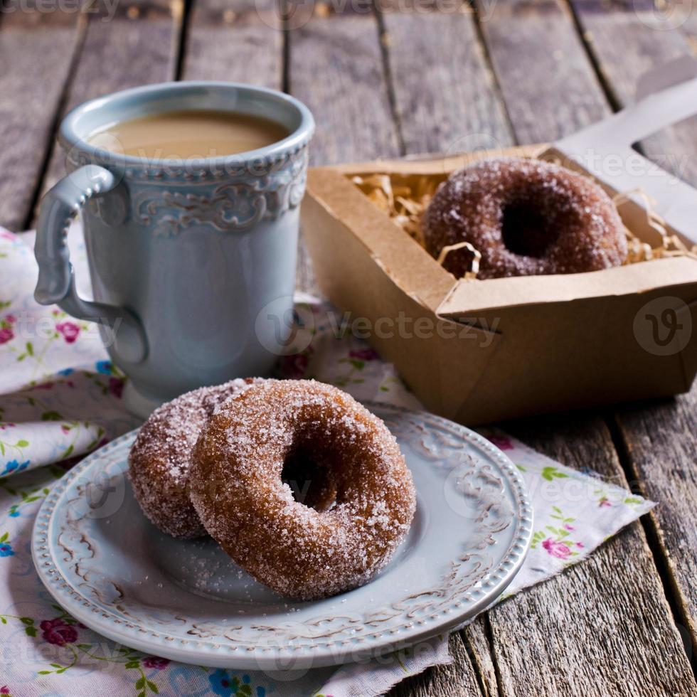 traditionele gebakken donut foto