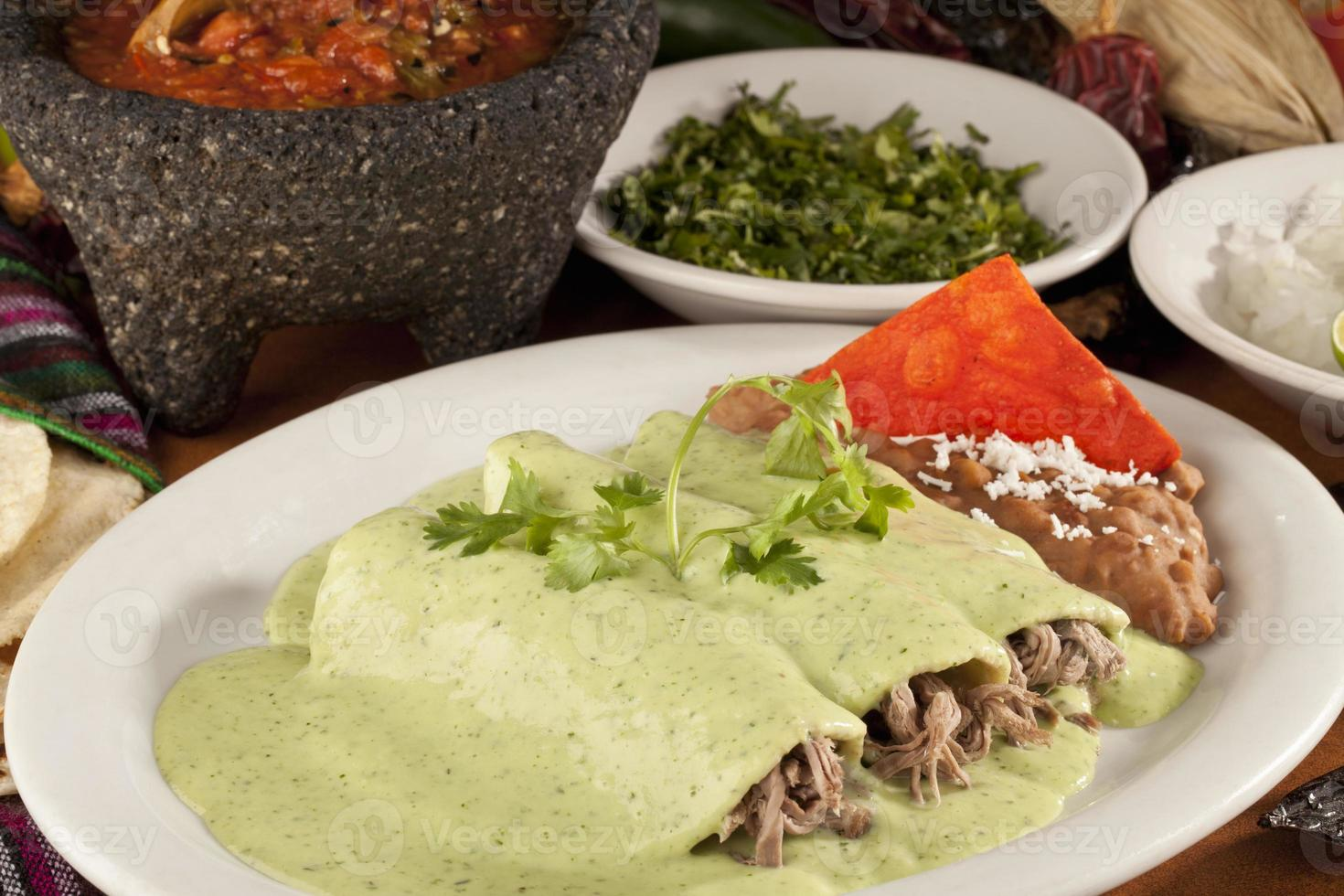 rundvlees en kip Mexicaanse enchiladas foto