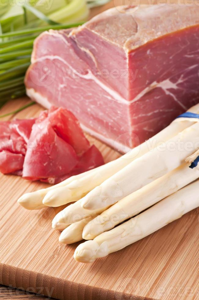 asperges met ham foto
