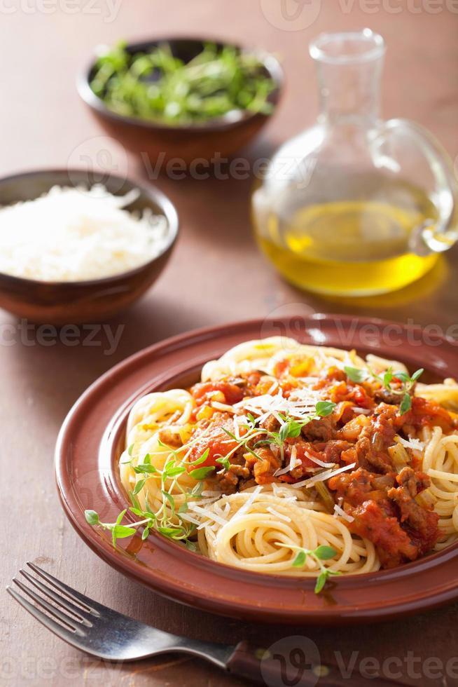 Italiaanse pasta spaghetti bolognese foto