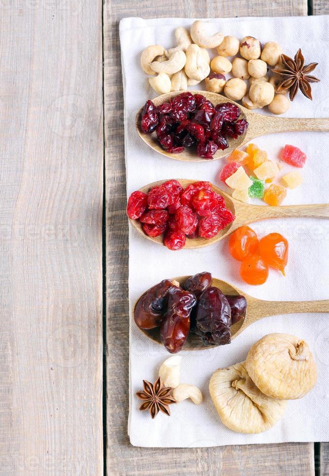 mix van gedroogd fruit foto