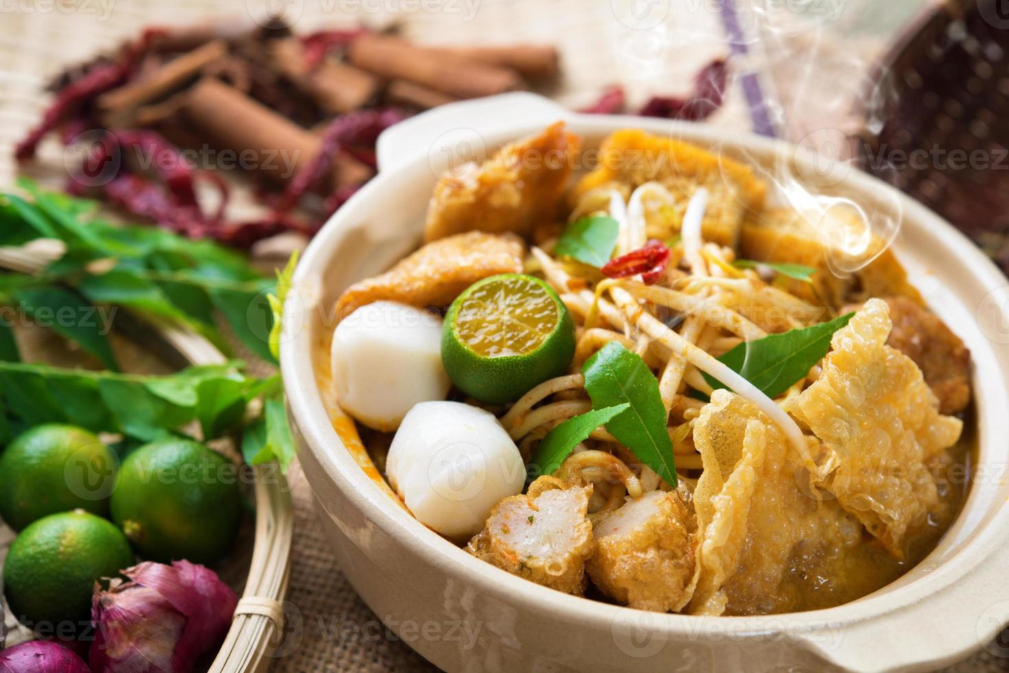 curry noodle foto