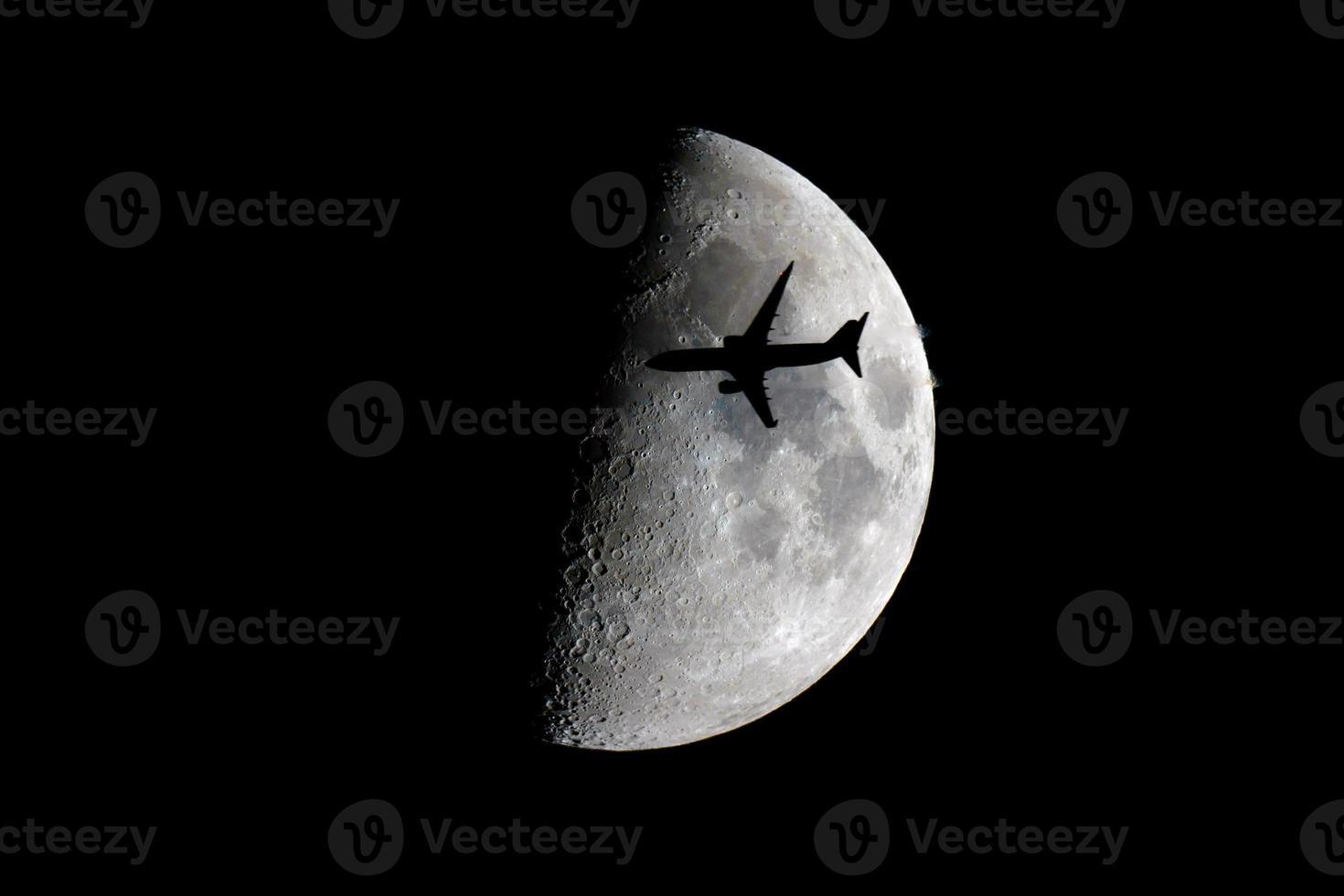 vlieg me naar de maan foto