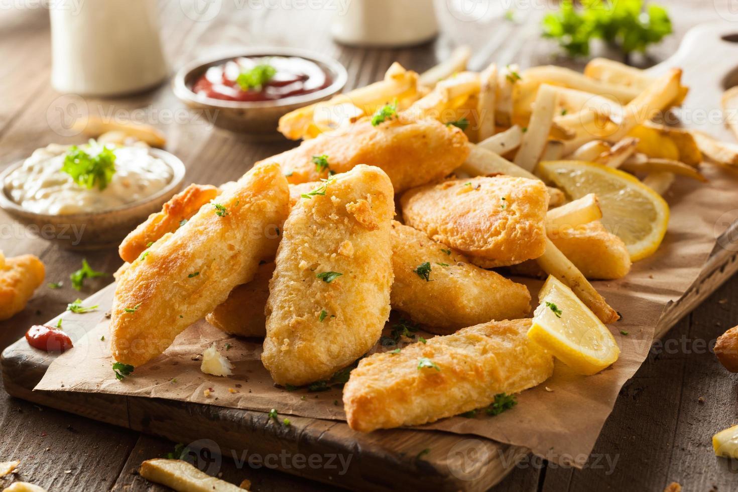 krokante fish and chips foto