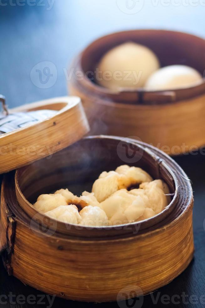 dim sum stoombroodjes (chinese knoedels) foto