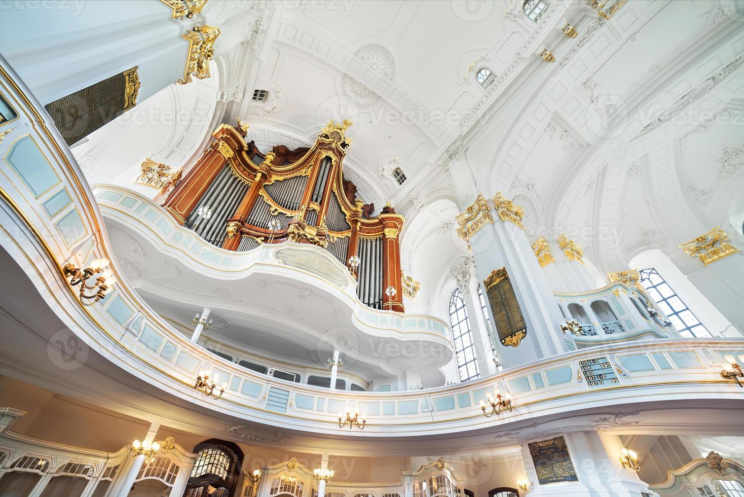 st. Michael kerk in hamburg, interieur foto