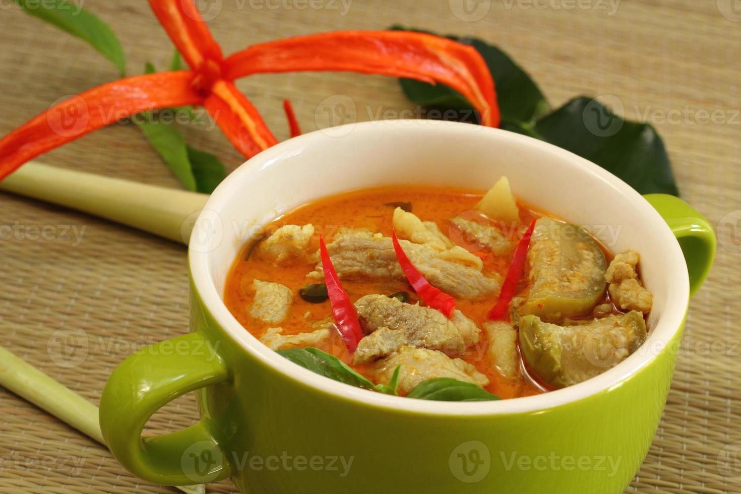 varkensvlees curry groen. foto