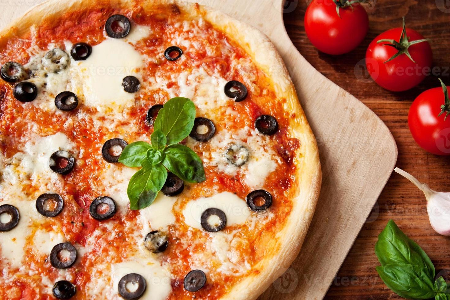 Italiaanse pizza Margherita foto