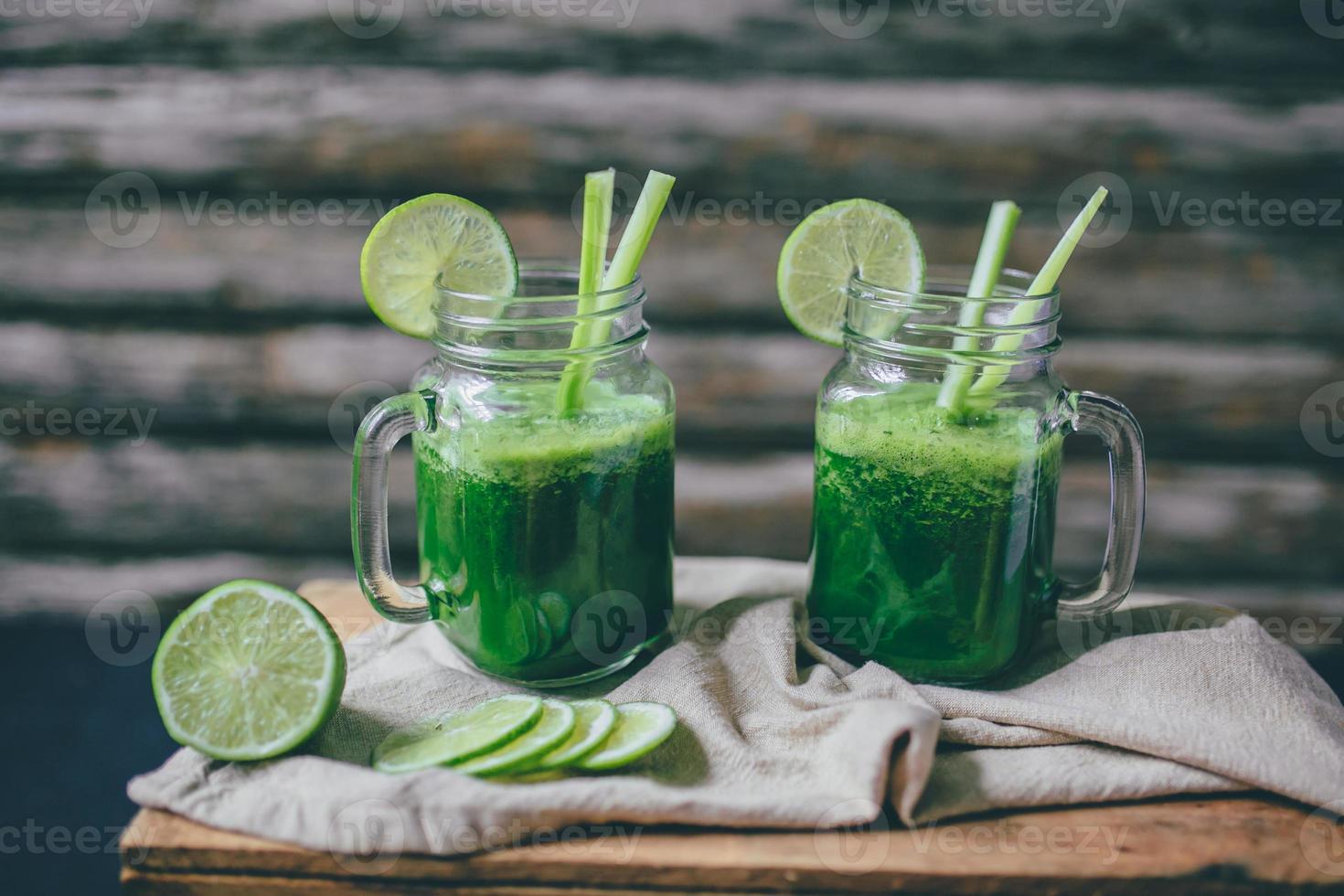 smoothie met groen sap foto
