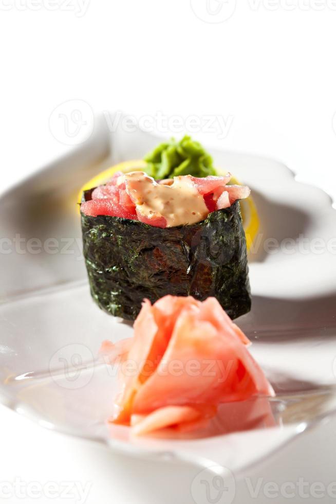 pittige tonijn gunkan foto