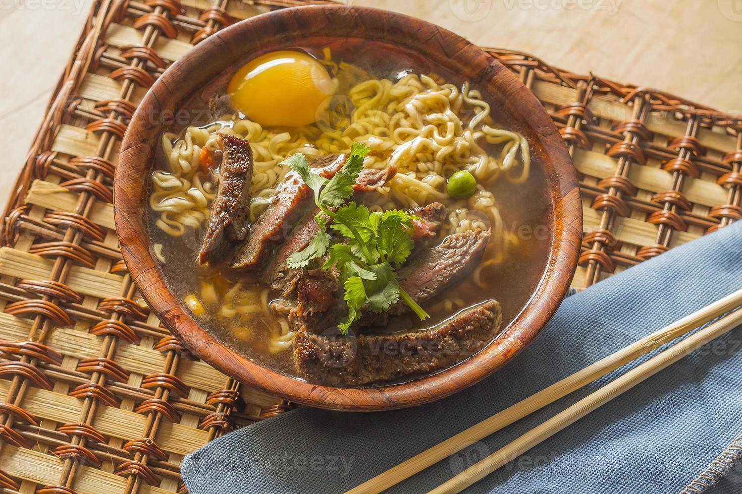 Aziatische rundvlees ramen foto