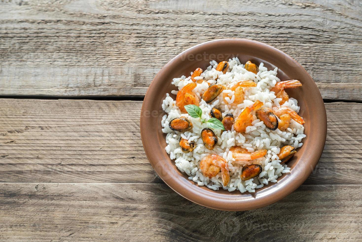 carnaroli rijst met zeevruchten foto