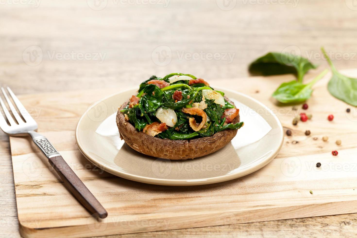 champignons gevuld met spinazie foto