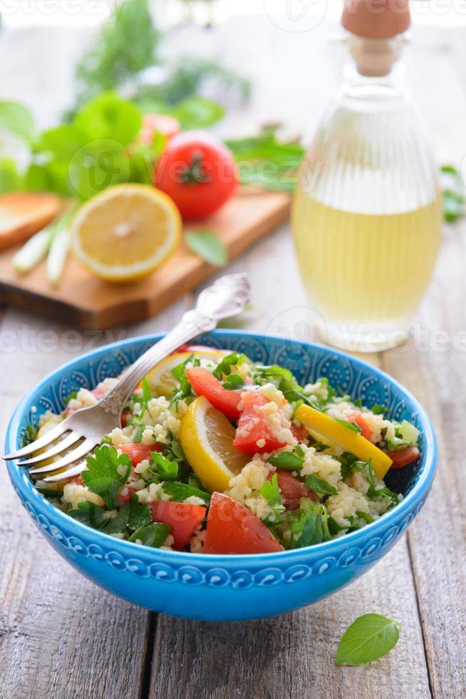 oosterse keuken - tabouli salade foto