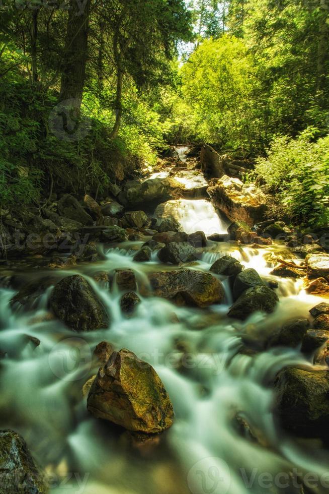 langzaam bewegende rivier foto