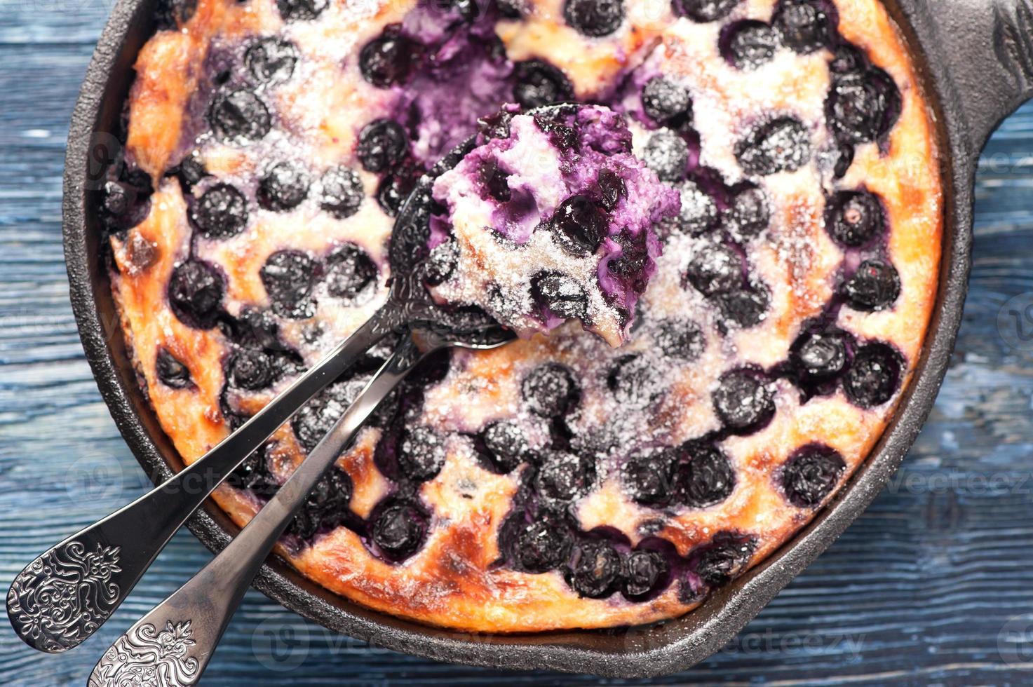 kwark braadpan cheesecake met bosbessen foto