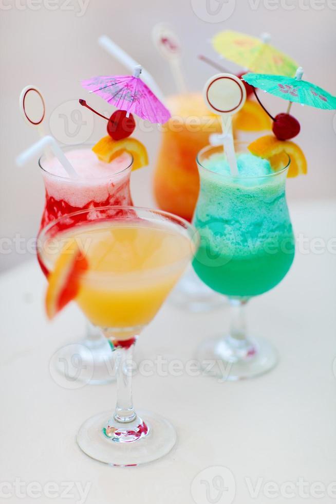 vier exotische cocktails foto