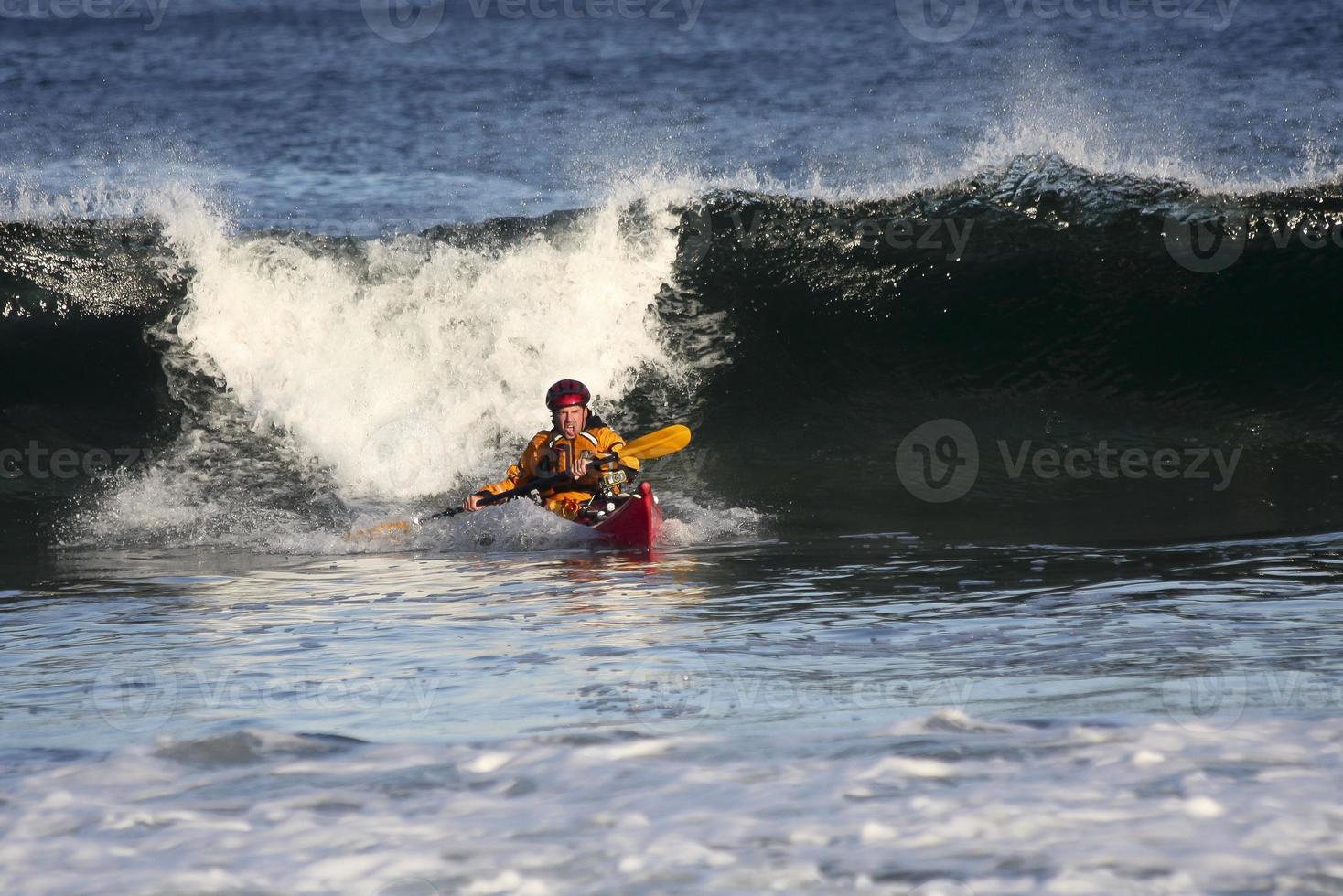 kayaker in actie foto