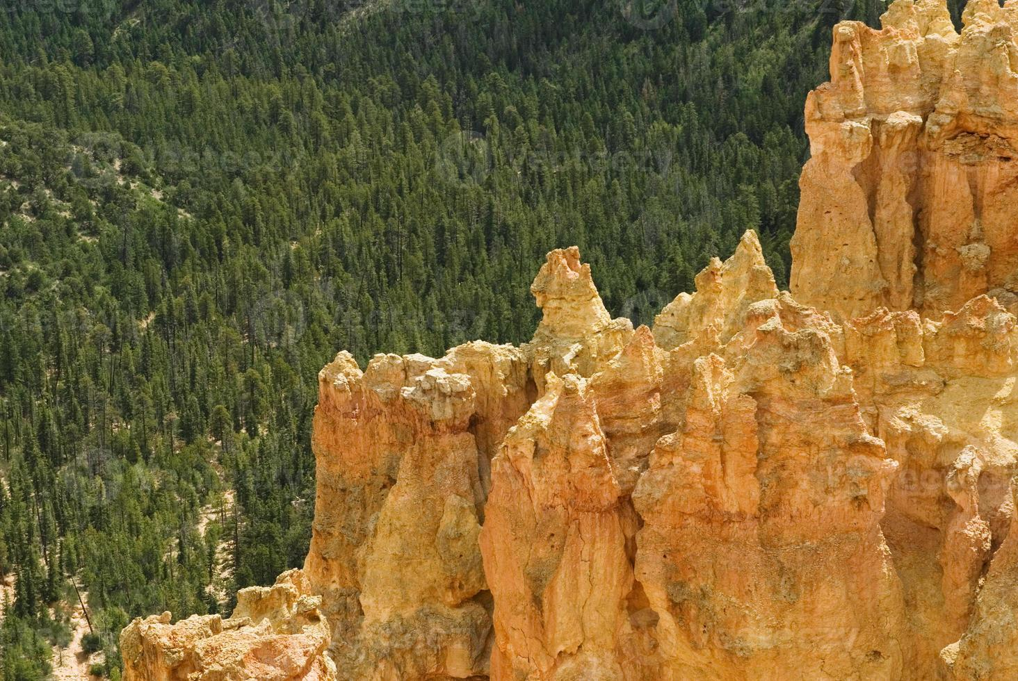 bryce canyon levendig oranje foto