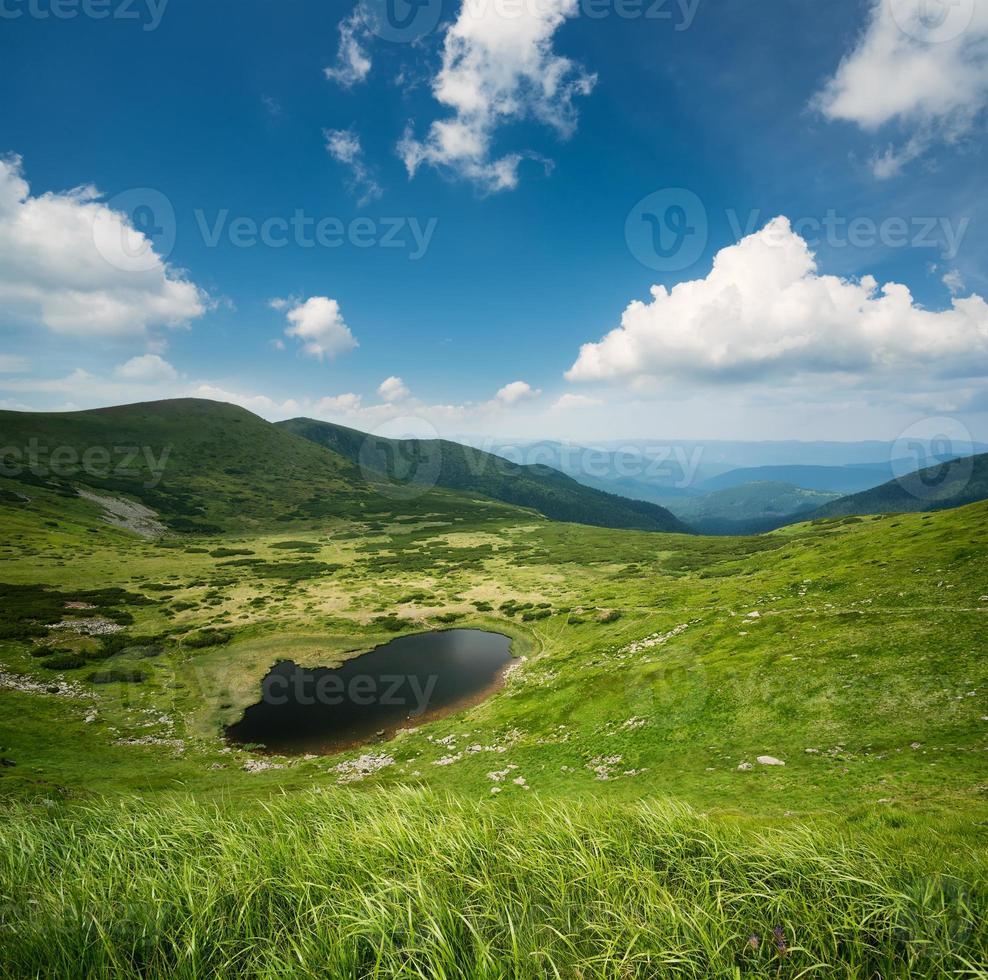 meer in de vallei foto