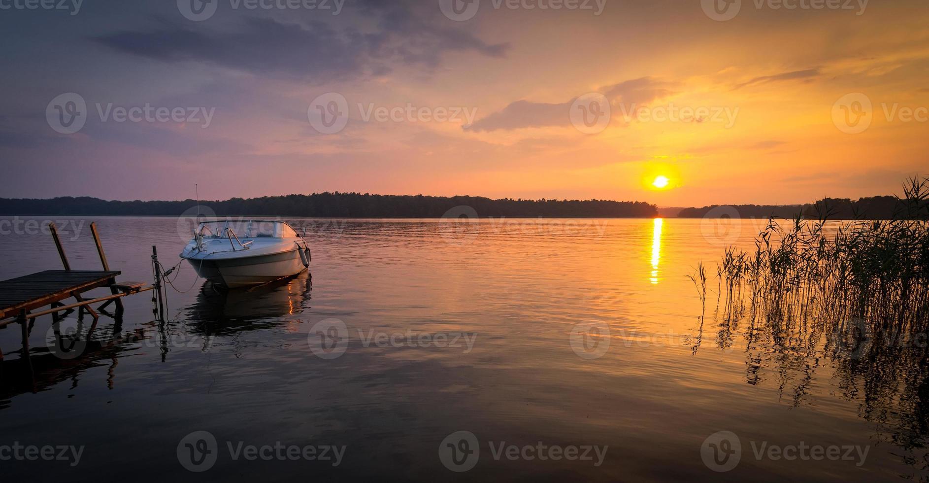 meer zomer zonsondergang foto