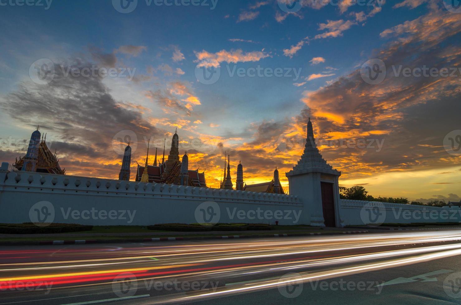groot paleis van thailand of wat phra kaew in bangkok foto