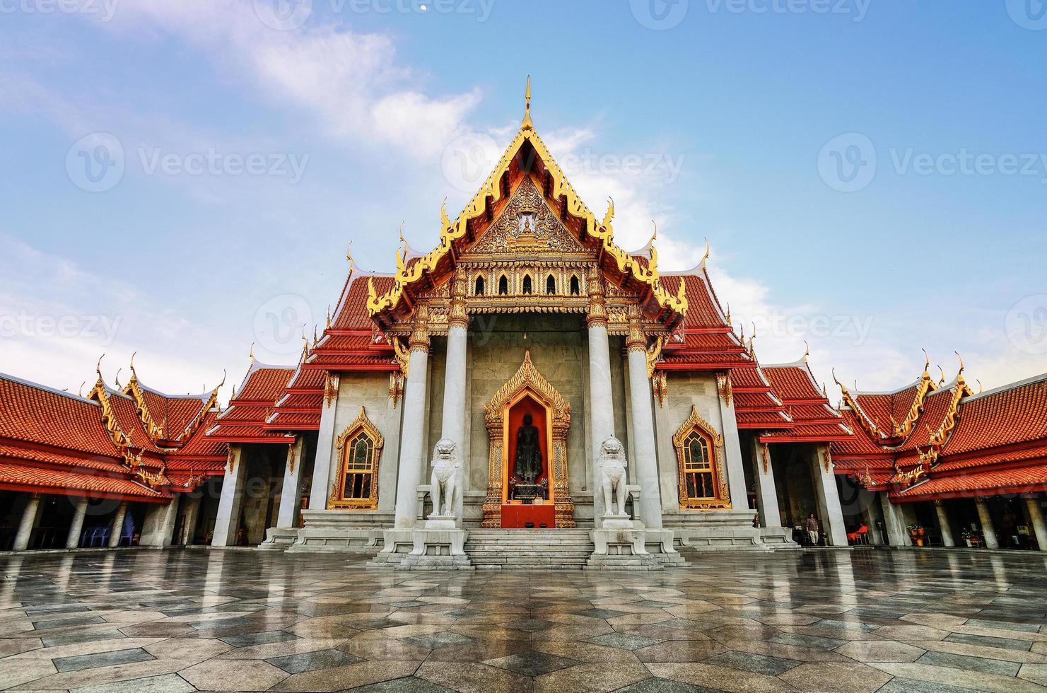 wat benjamabophit in bangkok foto