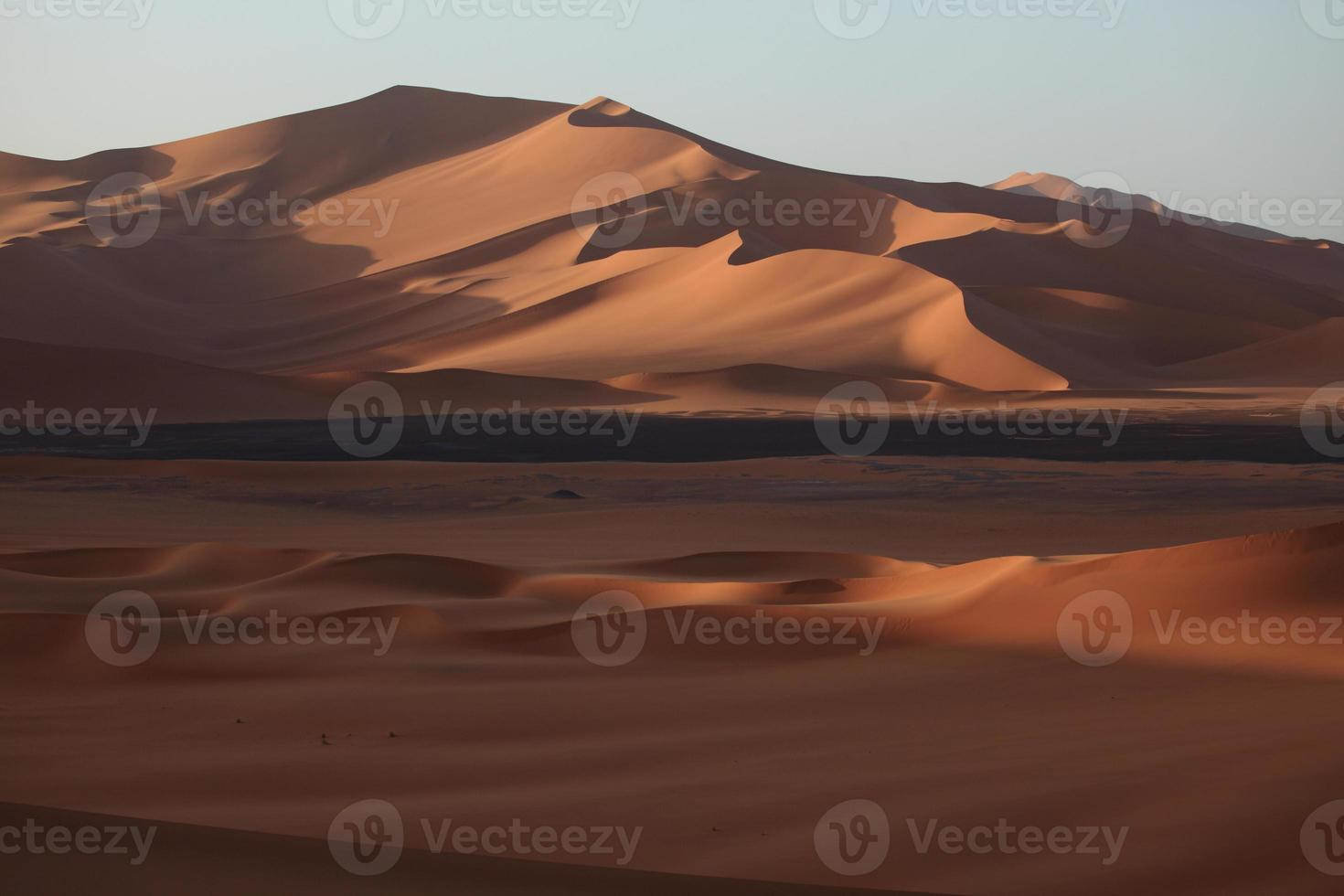 die wüste sahara in Algerije foto