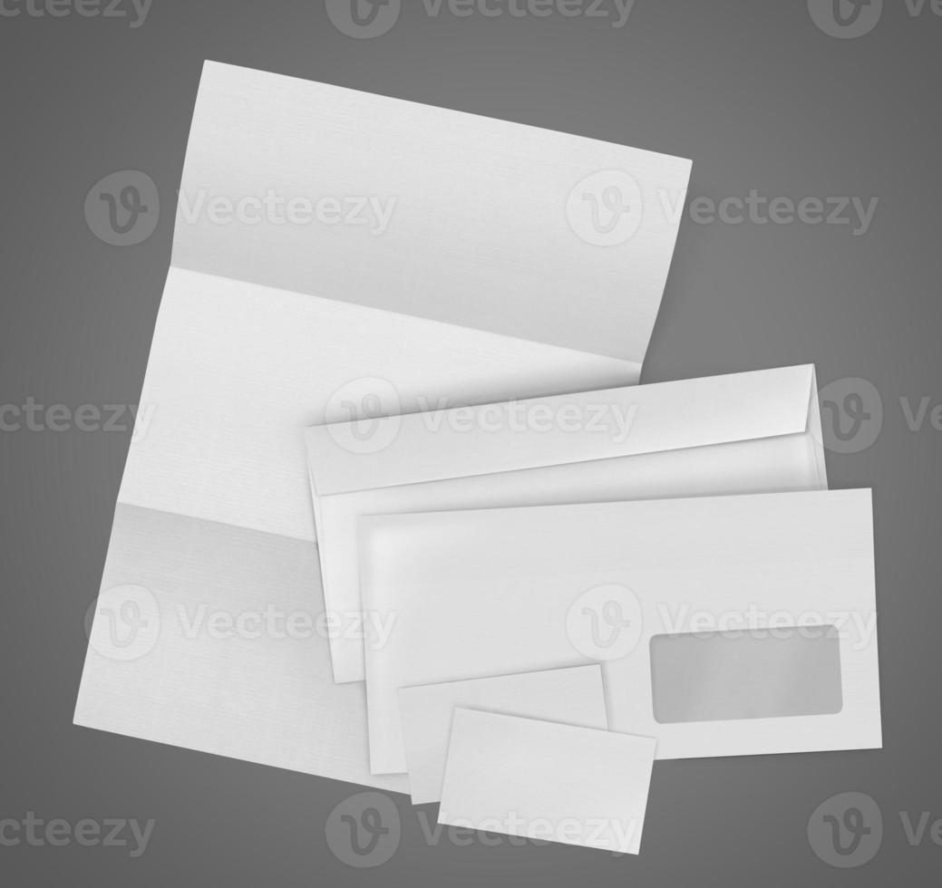 vaste set. envelop, vel papier en visitekaartje foto