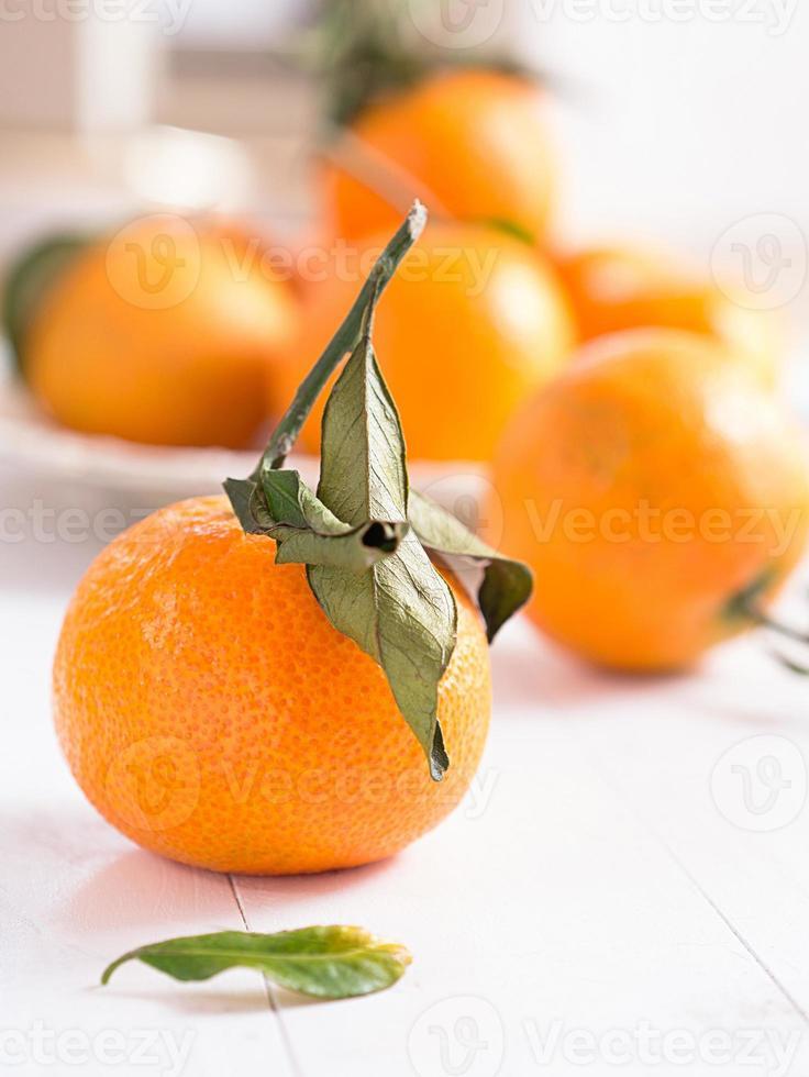 mandarijnen op een tablett foto