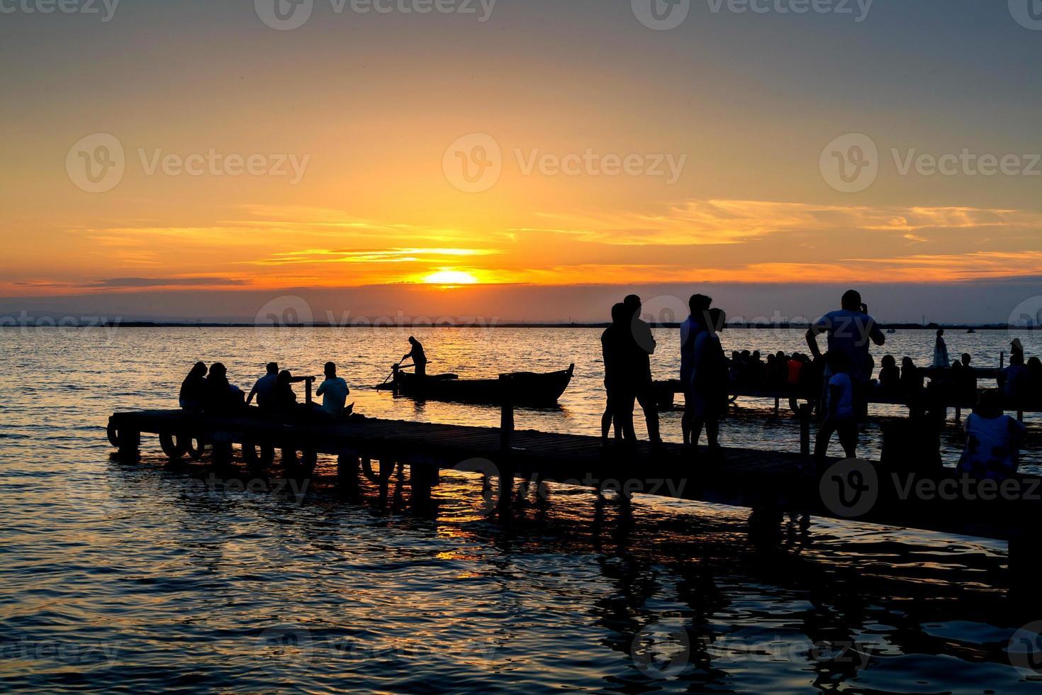 zonsondergang in Albufera foto