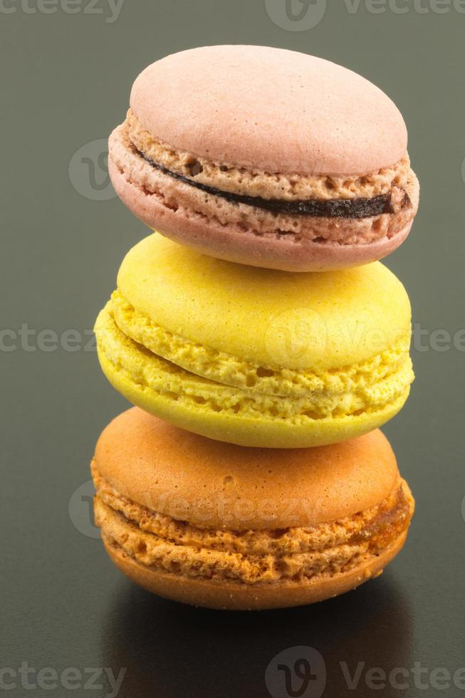 macarons in drie kleuren foto