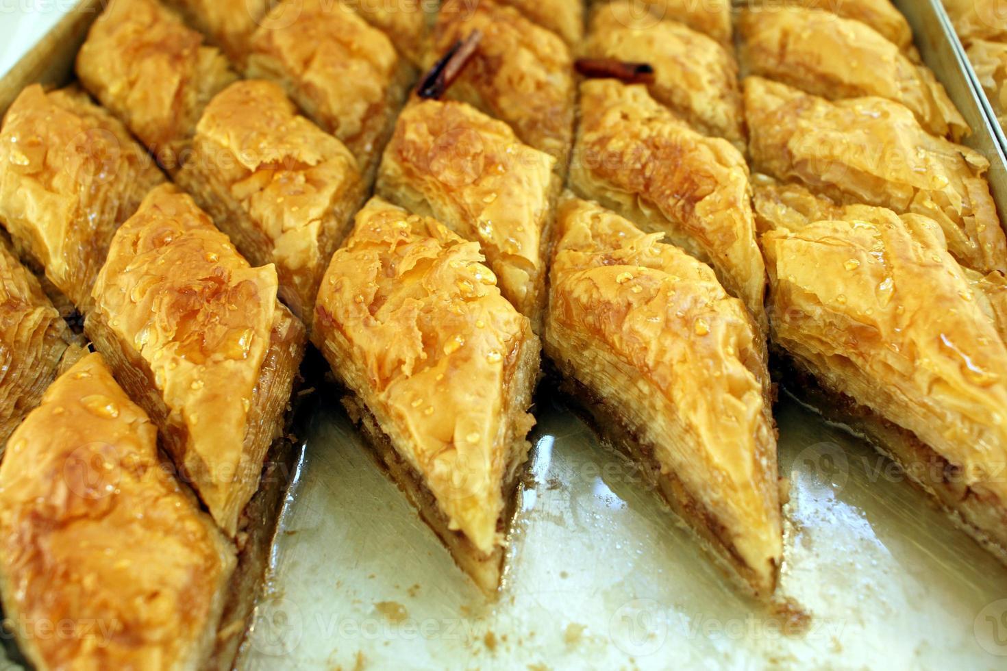 Griekse delicatessen - baklava zoet foto