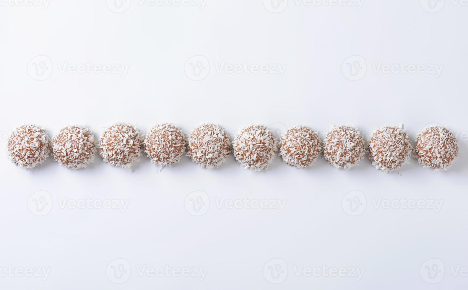 chocolade kokos truffels foto