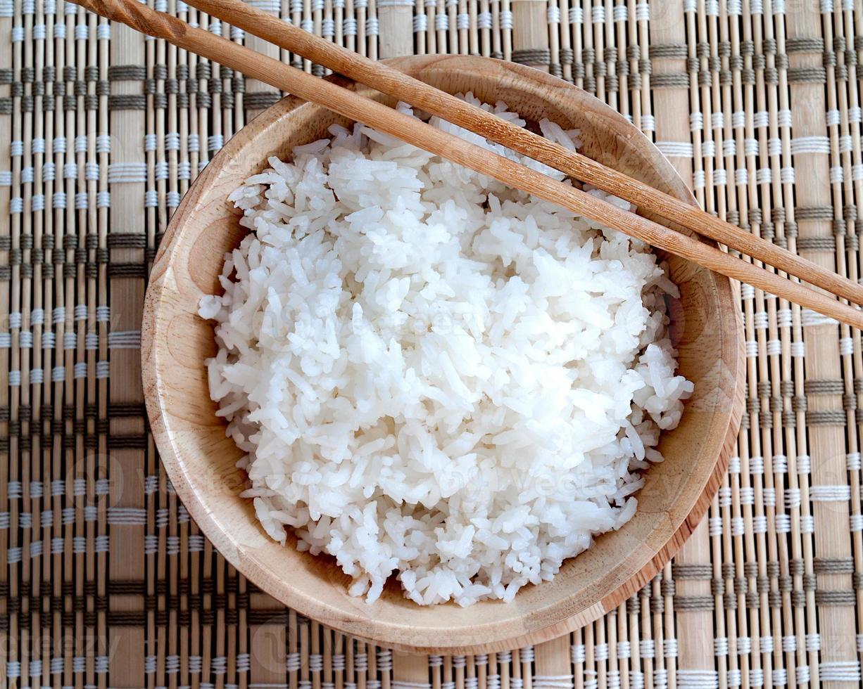 gekookte rijst foto