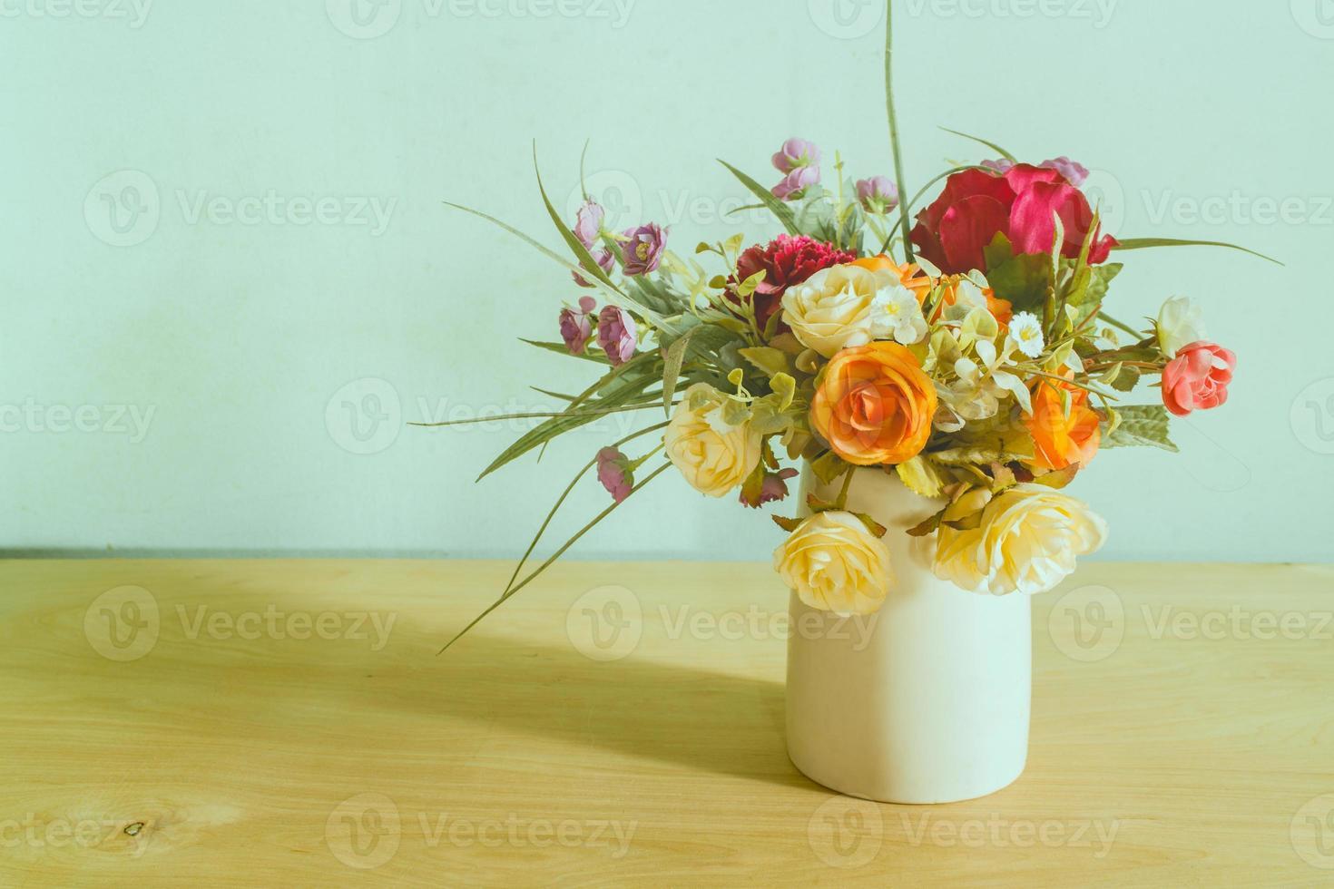 bloemen in vaas foto