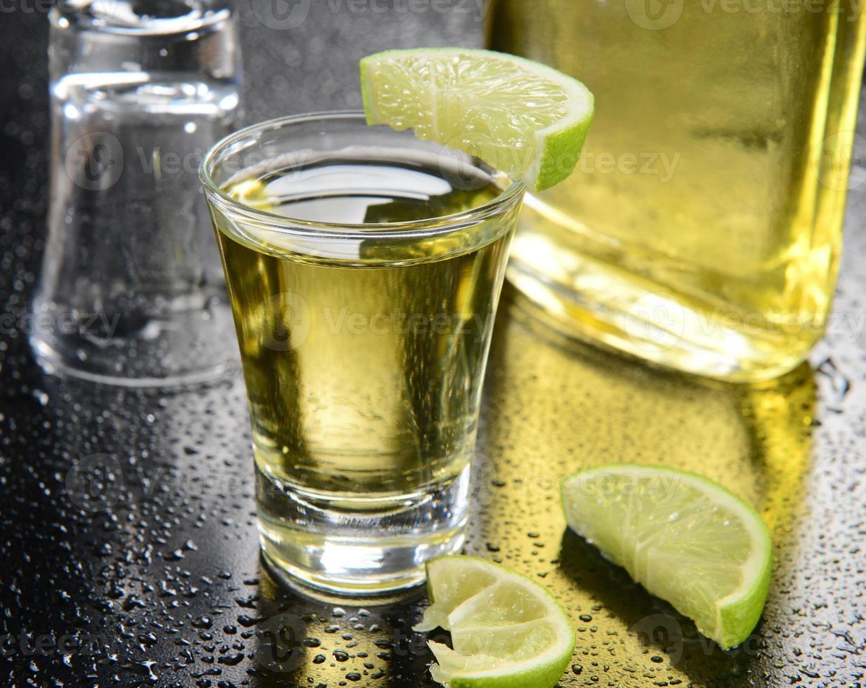 tequila schieten foto
