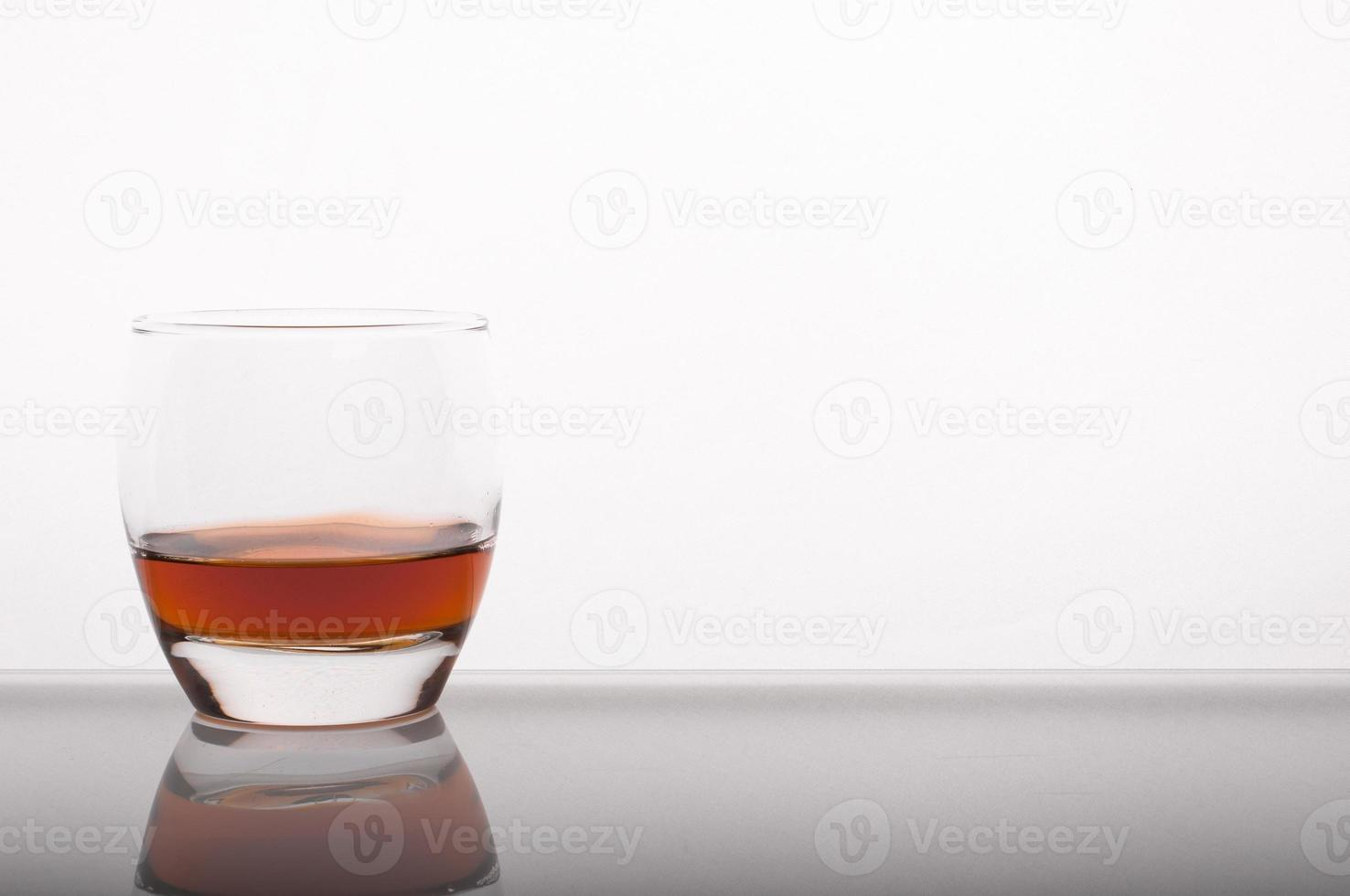 whisky in het glas foto