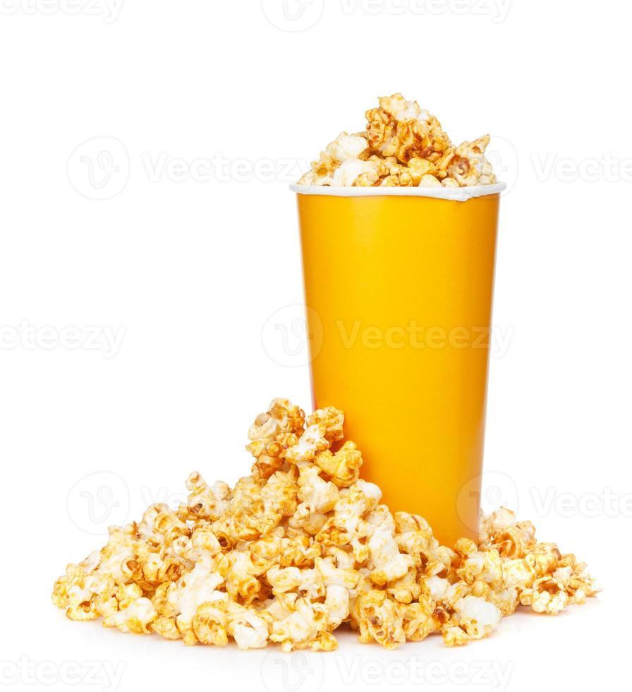 popcorn in fastfood drinkbeker foto
