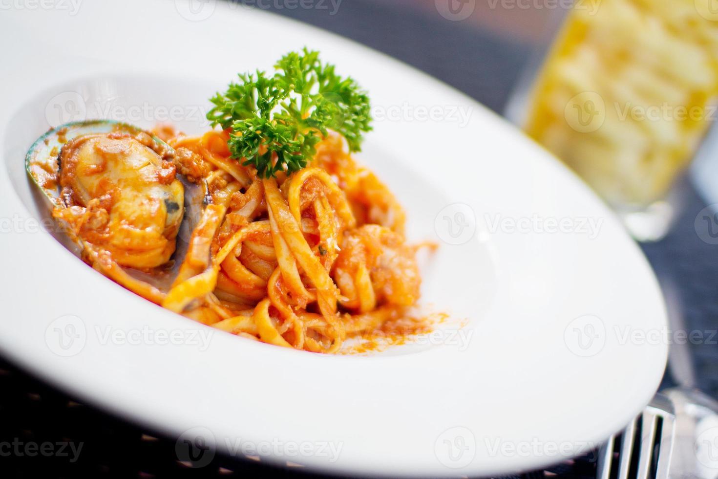 spaghetti met zeevruchten foto