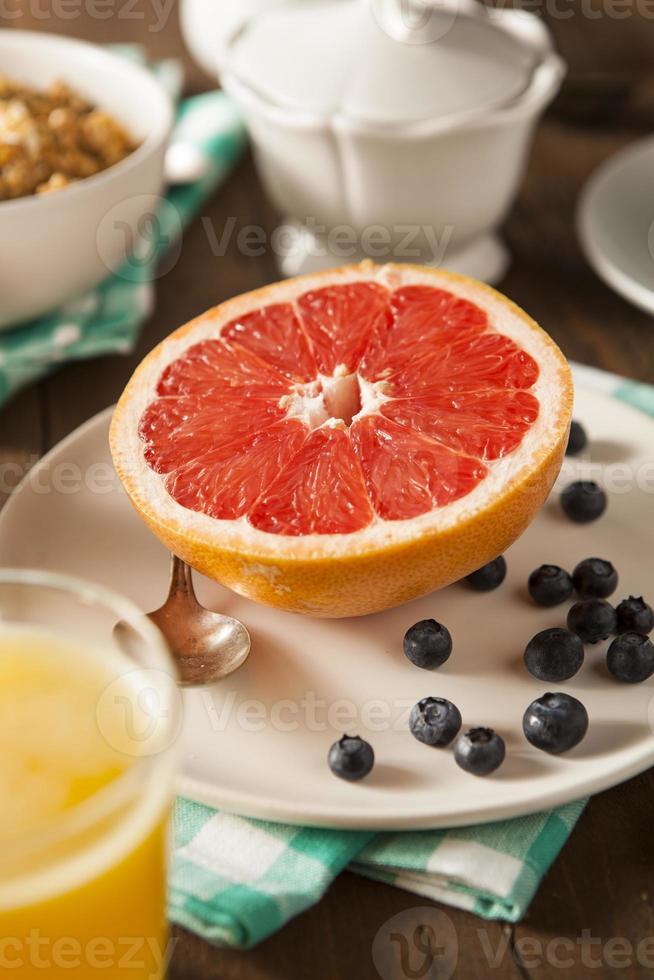 gezonde biologische grapefruit als ontbijt foto