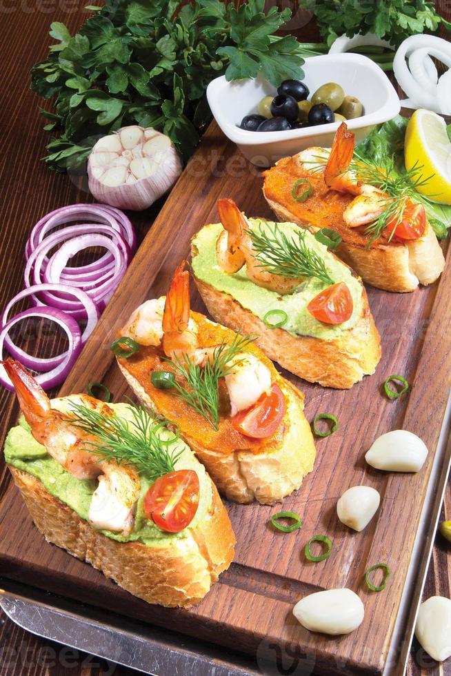 sandwiches met garnalen foto