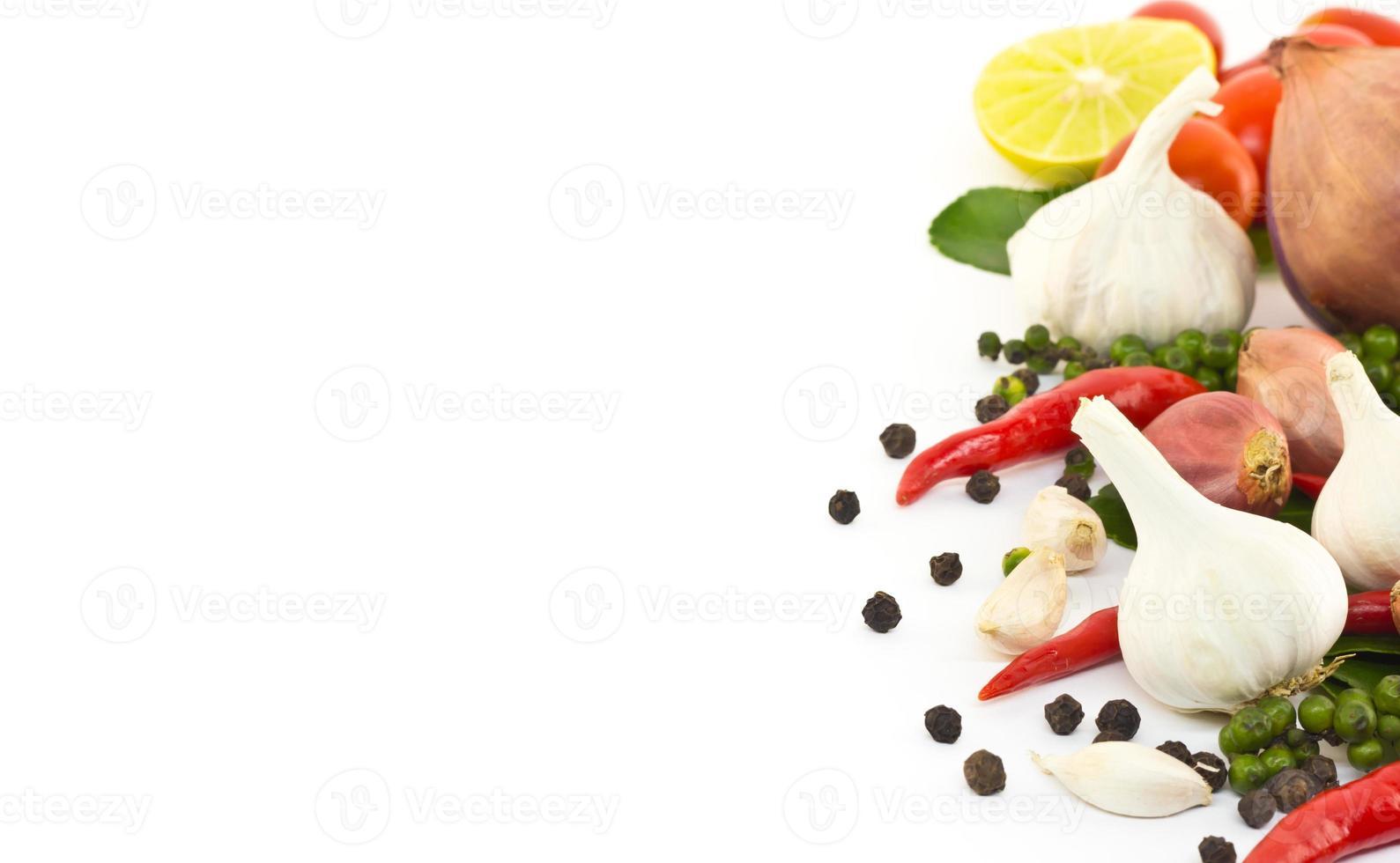 verse kruiden en specerijen foto