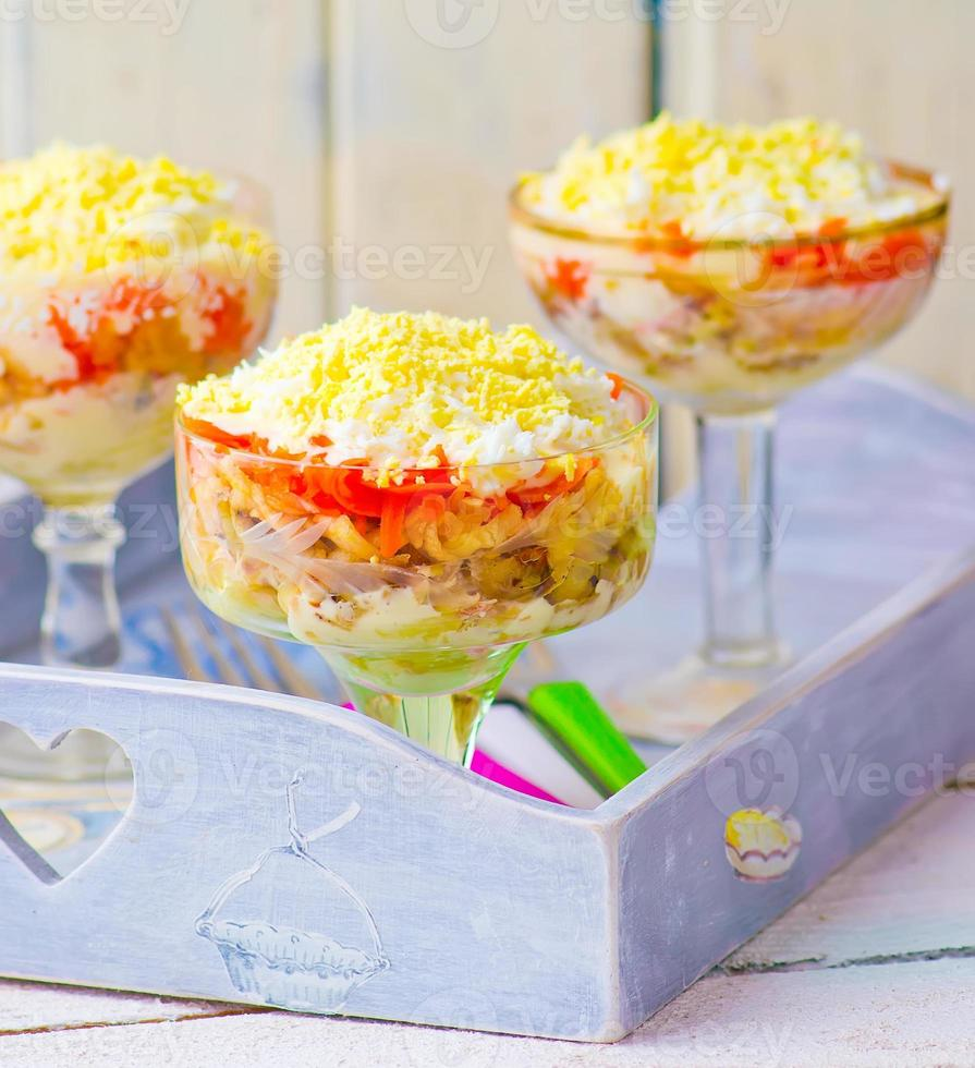 traditionele Russische salade mimosa foto
