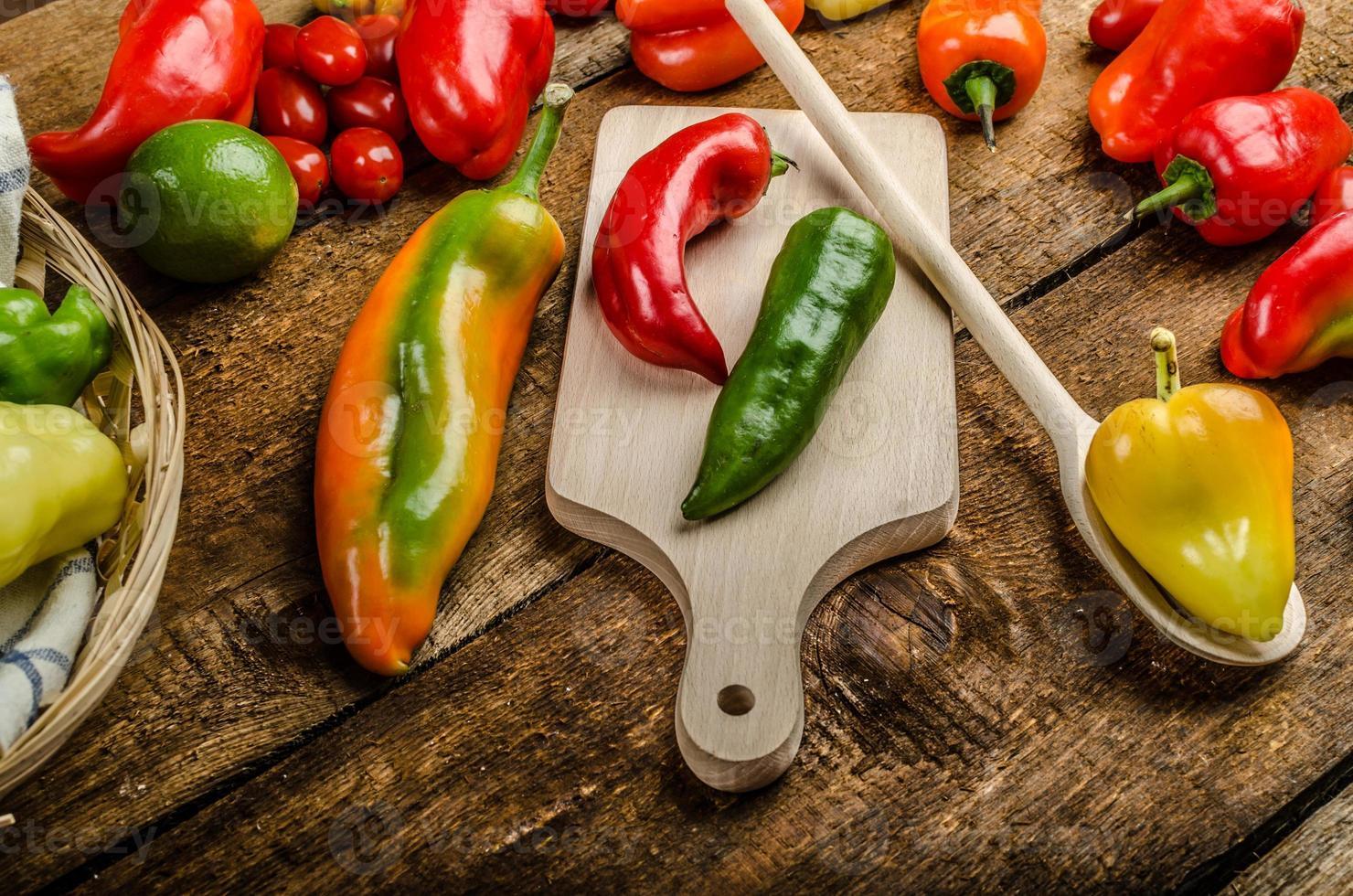 bio paprika's uit de tuin foto