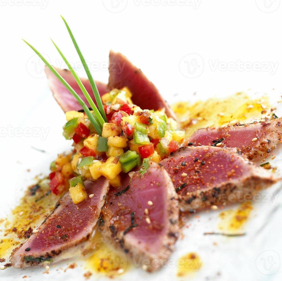 tonijn sushi foto