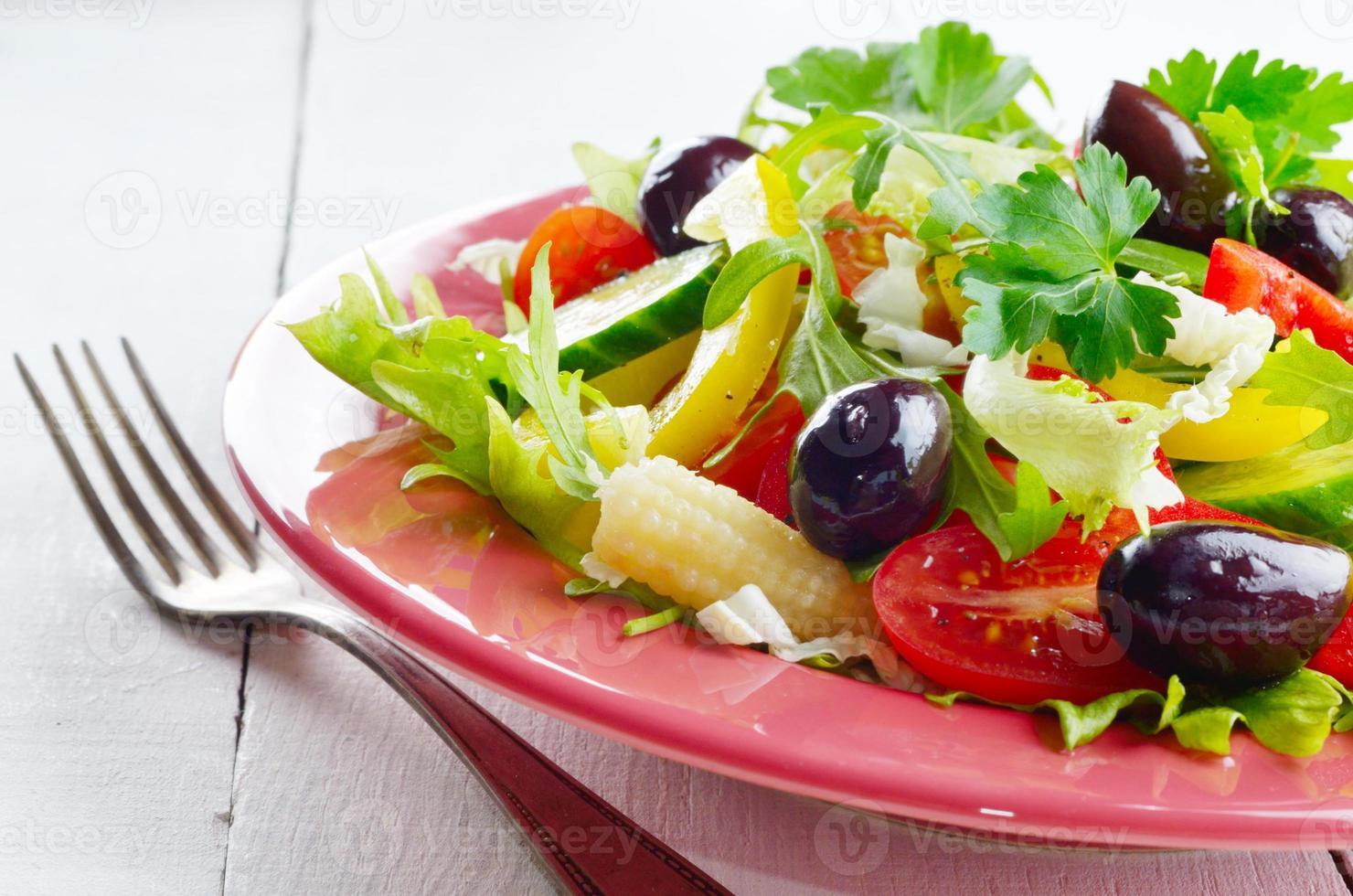 gezonde groente verse biologische salade foto