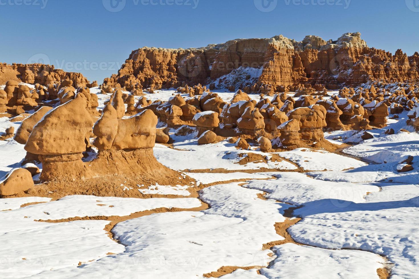 goblin valley sneeuw beekjes foto