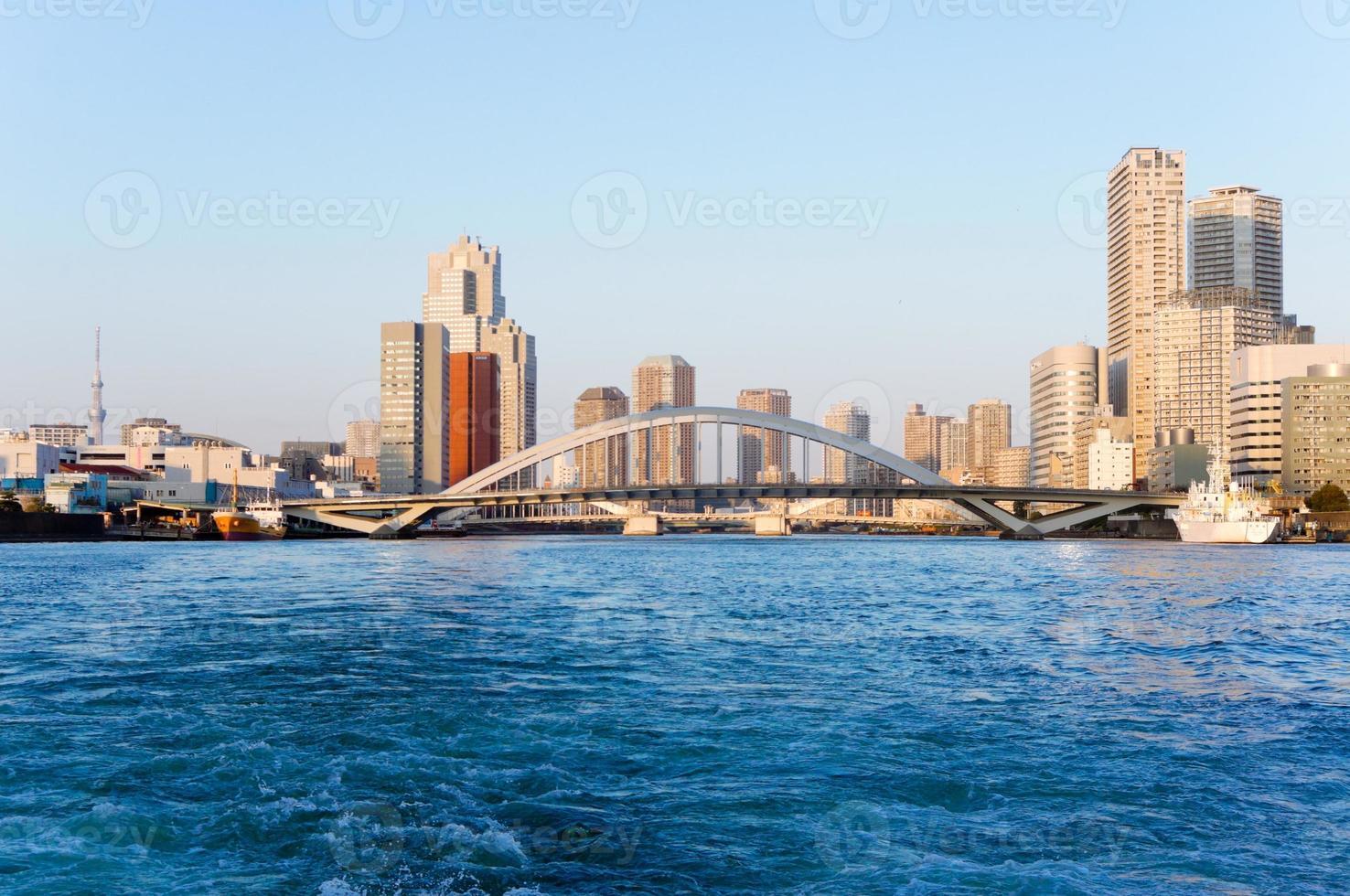 Sumida uitzicht op de rivier foto